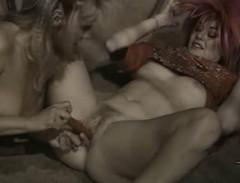 Erica Boyer Non Stop (1980) - Erica Boyer, Sharon Mitchel   Download from Files Monster