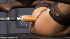 Porn All-Star Gets Her First Taste of Fucking Machines and Squirts Everywhere!