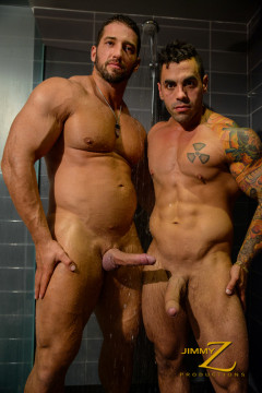 Christian Power and Emiliano - Shower and Suck - Part 1