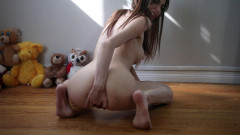 Chloe Night - Squirting Girl Shakes Little Booty - Full HD 1080p | Download from Files Monster